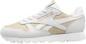5a7b2d13720c Reebok Classics Womens Classic Leather GL Trainers Chalk Gold Met Chalk