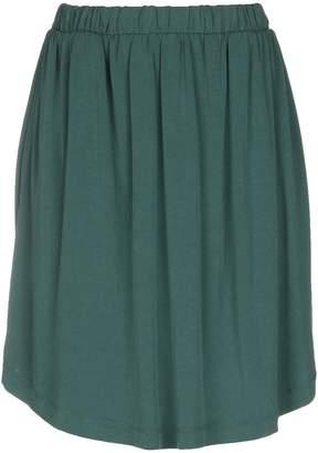 Minimum Knee length skirts - Item 35400050SH