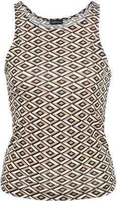 Callipygian diamond-pattern tank top