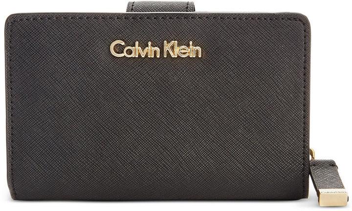 Calvin KleinCalvin Klein Saffiano Leather Wallet