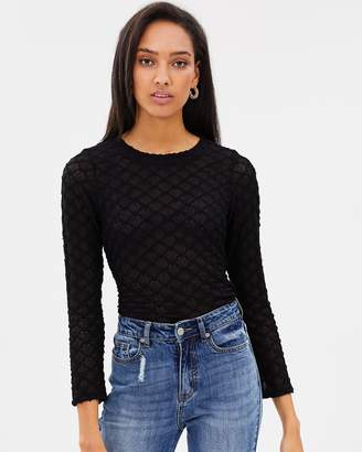 Atmos & Here ICONIC EXCLUSIVE - Lena Lace Top