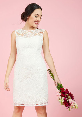 Jenny Yoo Every Vow and Again Lace Dress in White in 0 $275 thestylecure.com