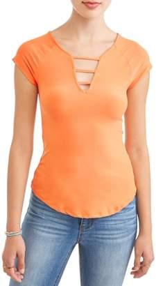 Eye Candy Juniors' Printed Peached Lattice V-Neck Short Sleeve T-Shirt