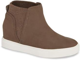 Steve Madden STEVEN BY Chanler Hidden Wedge Sneaker
