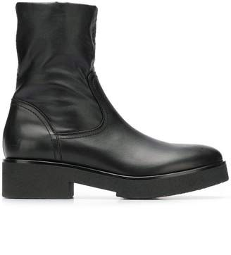 Strategia slip-on boots