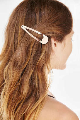 Oversized Flip Hair Clip $4 thestylecure.com