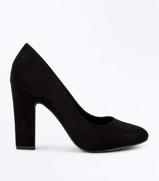 New Look Wide Fit Black Suedette Block Heel Courts