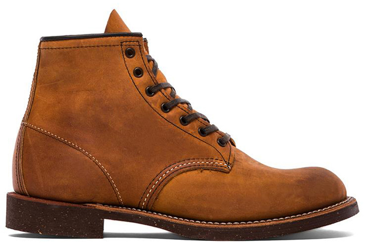 "Red Wing Shoes 6"" Round"
