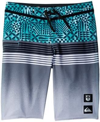 Quiksilver Highline Division Hawaii Boardshorts Boy's Swimwear