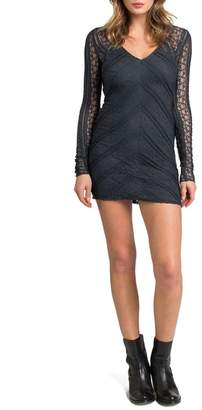 LAmade V-Neck Lace Body-Con Dress