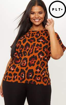 PrettyLittleThing Plus Brown Leopard Oversized T-Shirt