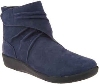 Clarks CLOUDSTEPPERS by Ruched Ankle Boots - Sillian Tana