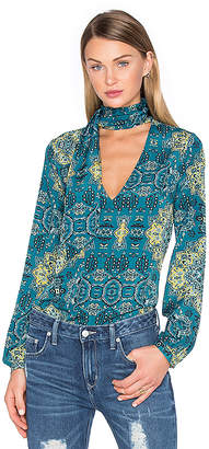 House of Harlow 1960 x REVOLVE Naomi Tie Neck Blouse in Green $148 thestylecure.com
