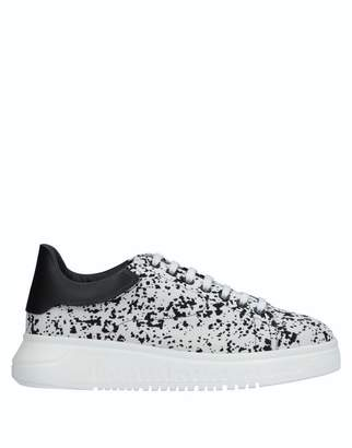 Emporio Armani Low-tops   sneakers 30e86aa34ee
