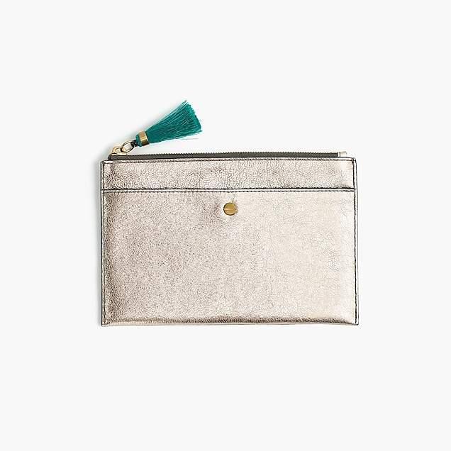 Medium pouch in metallic leather