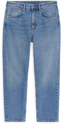 Arket REGULAR Stretch Cropped Jeans