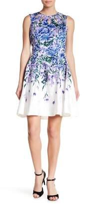 Gabby Skye Keyhole Floral Print Dress