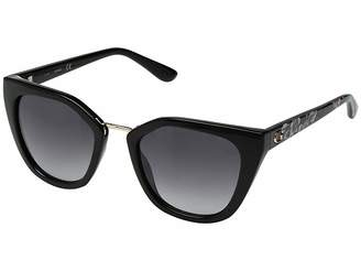 GUESS GU7541 Fashion Sunglasses