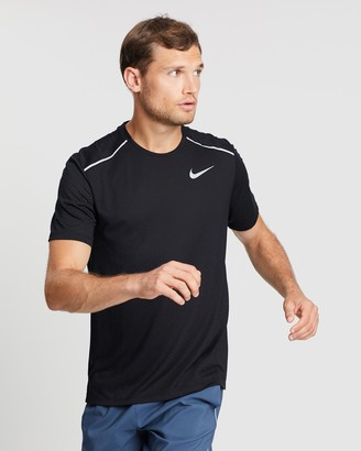 Nike Breathe Rise 365 T-Shirt