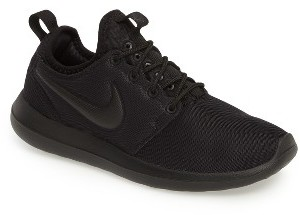Women's Nike Roshe Two Sneaker $90 thestylecure.com