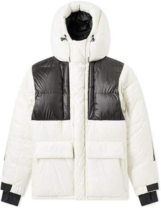 Moncler Gridwood Expedition Down Jacket