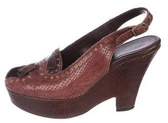 20741709f43b4b Pre-Owned at TheRealReal · Henry Beguelin Embossed Leather Peep-Toe Wedges