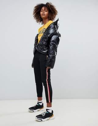 Pull&Bear tapered side stripe jogger in black