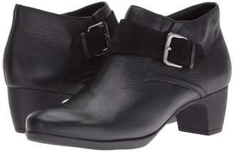 SoftWalk Imlay Women's Boots