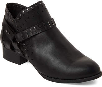 Madden-Girl Black Ariizona Laser-Cut Ankle Booties