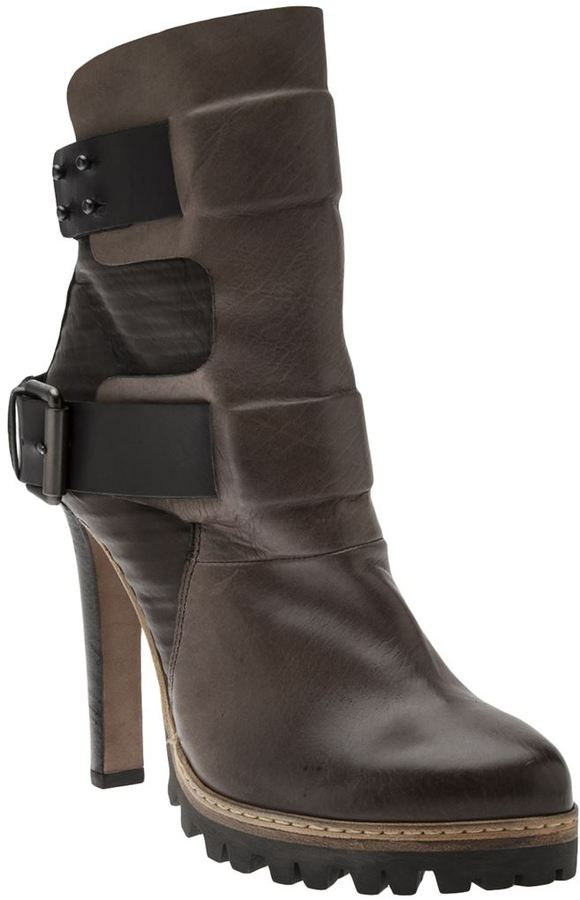 VIC leather boot