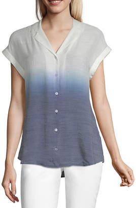 BY AND BY by&by Womens Short Sleeve Relaxed Fit Button-Front Shirt-Juniors