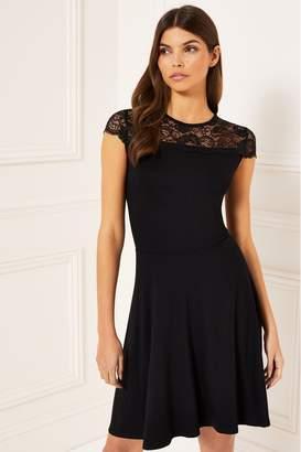 Lipsy Cap Sleeve Lace Skater Dress - 8 - Black