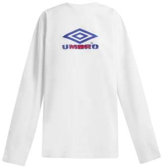 Vetements X Umbro Long Sleeved Cotton T Shirt - Womens - White