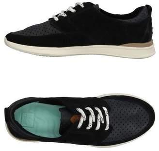 Reef Low-tops & sneakers