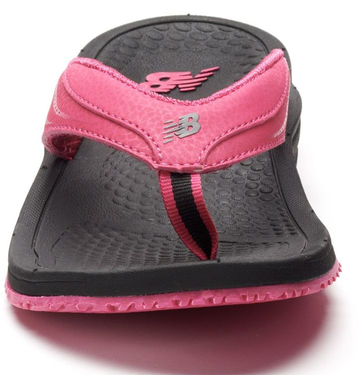 Best Yoga Shoes With Arch Support: New Balance Posture Perfect Women's Flip-Flops