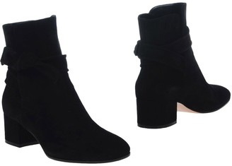 Gianvito Rossi Ankle boots - Item 11214615RR