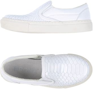 BRONX Sneakers $77 thestylecure.com