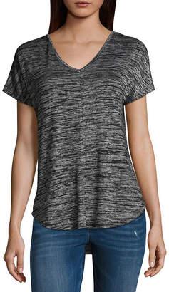 A.N.A Short Sleeve V Neck Geometric T-Shirt