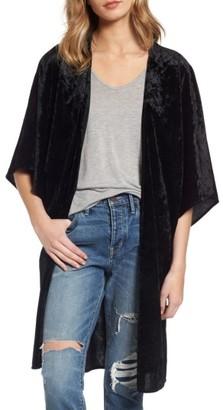 Women's Hinge Velvet Kimono $79 thestylecure.com
