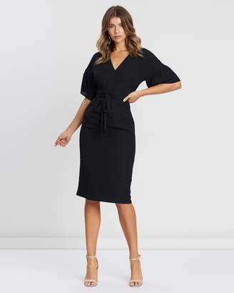 Atmos & Here ICONIC EXCLUSIVE - Tarin V-Neck Ruched Sleeve Dress