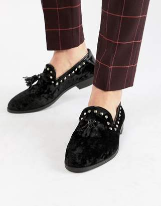 00764371a House Of Hounds Raptor stud tassel loafers in black velvet