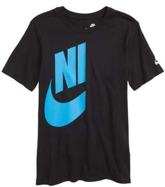 Nike Sportswear Future Graphic Tee