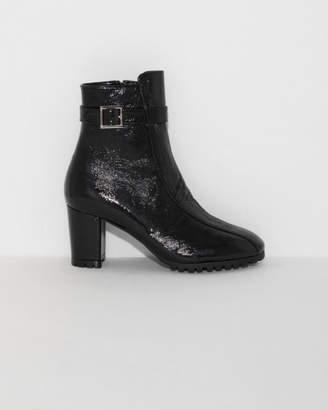 Sabrina Newbark Boot