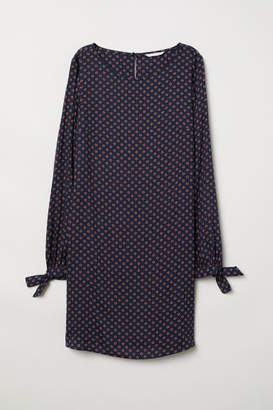 H&M Dress with Tie Sleeves - Blue