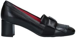 Pas De Rouge Loafer
