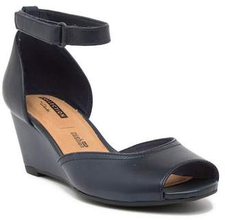 Clarks Flores Raye Leather Wedge Sandal - Wide Width Available