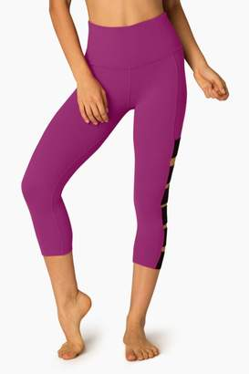 Beyond Yoga Wide Band Capri Leggings