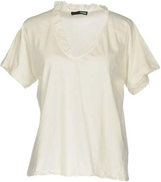 .Tessa T-shirts