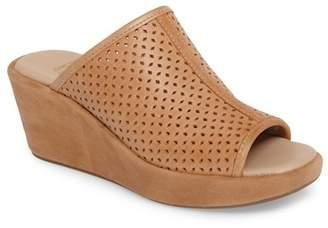 Johnston & Murphy Delaney Perforated Slide Sandal