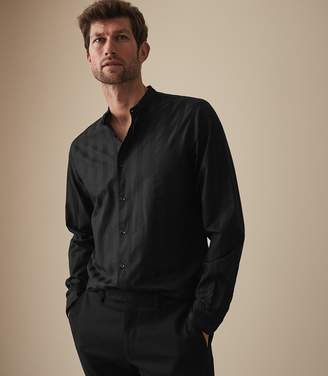 Reiss Our last order date for Christmas has now passed YONNI STRIPED GRANDAD COLLAR SHIRT Black